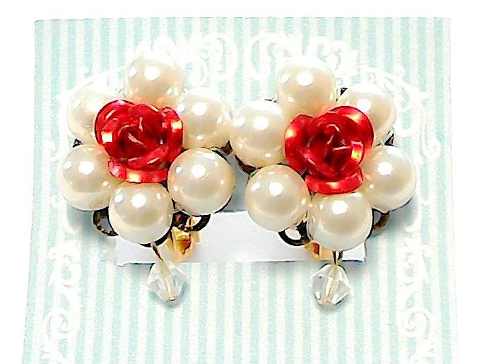 赤薔薇とパールのイヤリング